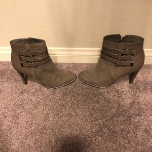 Sam and Libby gray ankle boots